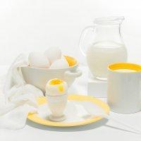 Бело жёлтый завтрак :: Алексей Кошелев