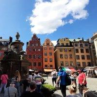 Разноцветные дома и колодец на площади Сторторгет (Stortorget), Стокгольм :: Tamara *