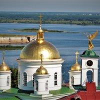 Золотые купола над Волгой :: Вячеслав Маслов
