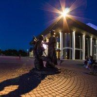 Памятник провинциальным актёрам :: Павел
