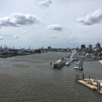 В гамбургском порту :: Эльдар (Eldar) Байкиев (Baykiev)