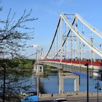 Пешеходный мост. Киев :: Татьяна Ларионова