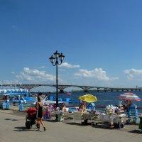 Лето на Набережной :: Лидия Бараблина
