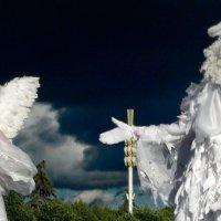 И в Небе Ангелы парят :: Vera Ostroumova