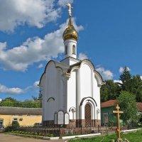Часовня в память Ф. Морозовой и Е. Урусовой в Боровске :: Евгений Кочуров