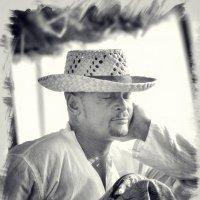 Кубинский ром и сигара сморили сеньора… :: Глeб ПЛATOB