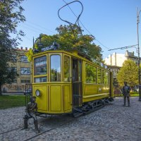 Выборг. Памятник трамваю. :: Наталья Левина