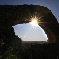 Куриный бог у Белой скалы. :: Геннадий Валеев