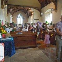 Цветы и их почитатели в церкви 12-13 веков... :: Тамара Бедай