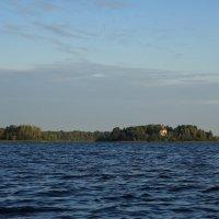 На озере :: Павел