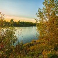 Закат над озером :: Сергей Винтовкин