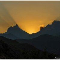 гора Наушидзе (Тещины зубы) :: Александр Богатырёв