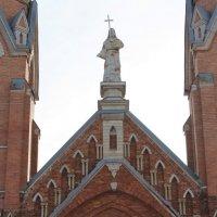 Католический Собор :: Колибри М