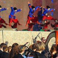 а, потанцевать :: Олег Лукьянов