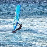 Море синее и парус голубой :: Valeriy(Валерий) Сергиенко