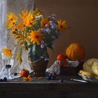 Знаешь, как осень приходит... :: Валентина Колова
