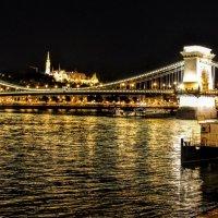 Вечерние зарисовки города - Цепной мост :: Вячеслав Случившийся