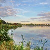 Вечер над озером... :: Александр Попович