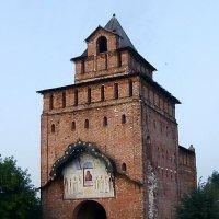 Пятницкие ворота (Коломна) :: Лидия Бусурина
