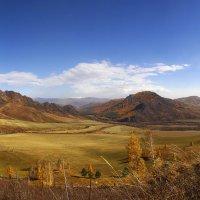 Осень в горах. Главное увидеть её :: Сергей Жуков