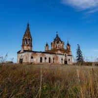 Свято-Троицкая церковь (Троицкое) :: Damien Dutch