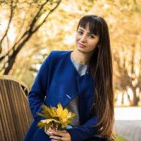 Девушка и листья :: Ася Гречуха