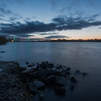 Осенний вечер на Волге. :: Виктор Евстратов