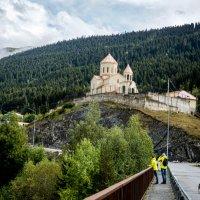 Церковь святого Николая. Местия. Сванетия :: Лариса Батурова