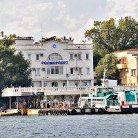 Морской причал Севастополя :: Nina Karyuk
