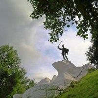 Памятник Дорохову в Верее :: Елен@Ёлочка К.Е.Т.