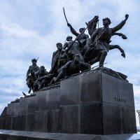 Памятник Чапаеву :: Павел C