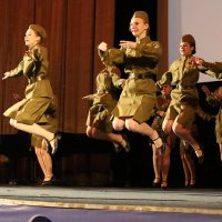 Армейский танец :: Валерий