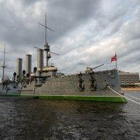 Революционный крейсер после капремонта :: Олег Пученков