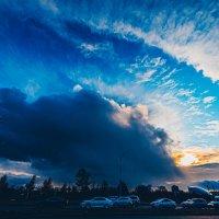 Небо на закате в Астане :: Александр (sanchosss) Филипенко
