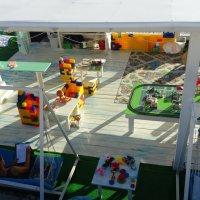 Детская площадка на пляже Адлера :: Татьяна Р