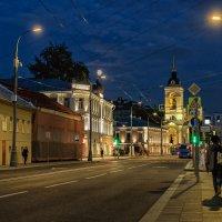 Летний вечер (Успенская церковь) :: Сергей Шатохин