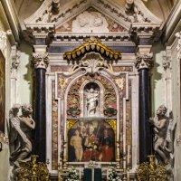 Внутреннее убранство итальянских церквушек... (Lerici) :: Владимир Новиков