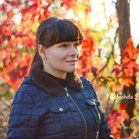 Осенний портрет... :: Nadine Surovitskaya