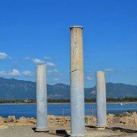 Колонны на острове Сардиния. :: Михаил Столяров