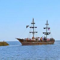 Путешествие по морю :: Виктор Шандыбин