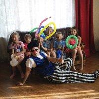 Дети и клоун :: Света Кондрашова