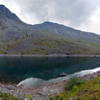 Горное озеро :: Андрей Родин