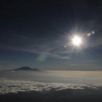 Килиманджаро из космоса :: Сергей Манкевич