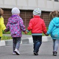 Детки :: Елена Политик