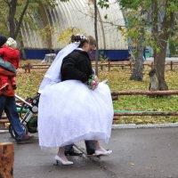 Однажды на свадьбе :: Оксана Гуляева