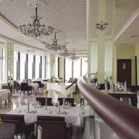 Ресторан «Вертикаль» :: Дмитрий Бугров