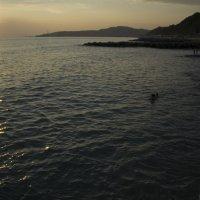 пустой пляж на закате :: Евгений Вислобоков
