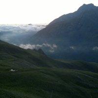 На рассвете в горах Осетии :: Георгий Оказов
