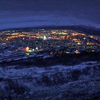 Ночь в городе вулканов :: Ivan Kozlov