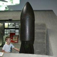 Дитя и бомба... :: Георгиевич
